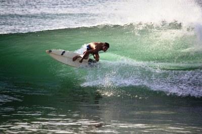 pacific coast costa rica surfing -photo by Marian Paniagua.jpg