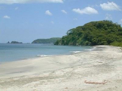 playa_penca_guanacaste_island_view.jpg